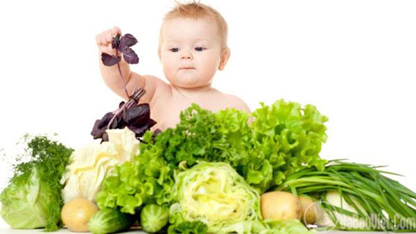 Dinh dưỡng lần đầu cho trẻ ăn dặm