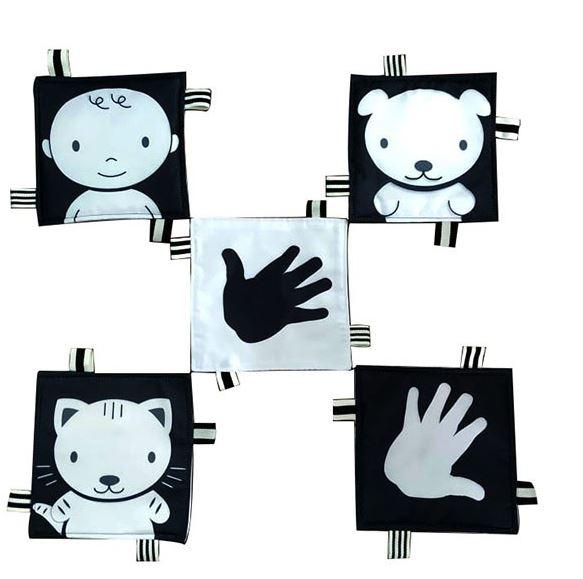 Bộ đồ chơi Lá vải trăng đen kích thích thị giác ở trẻ sơ sinh
