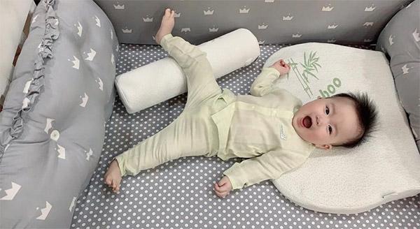 Gối chống trào ngược Uala rogo cho bé có tốt không?