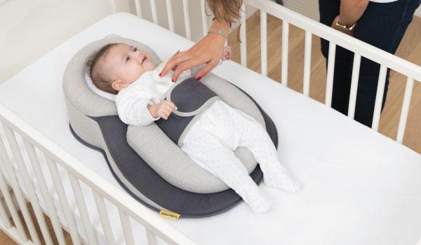 Gối chống trào ngược có đai Babymoov cho bé có tốt không?